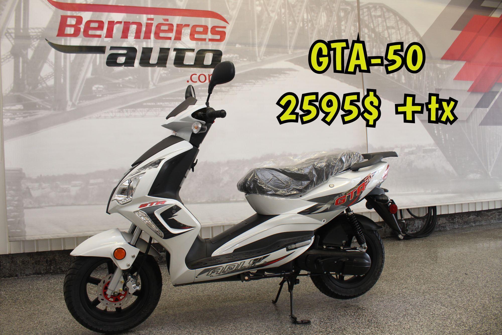 scooter GTA 50 blanc